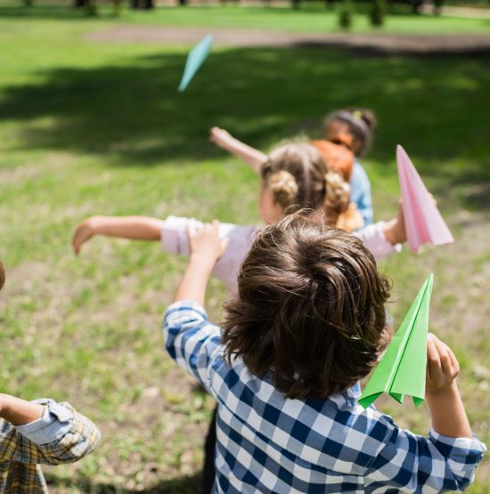 Why Parents and Teachers Should Encourage Kids to Play Outside